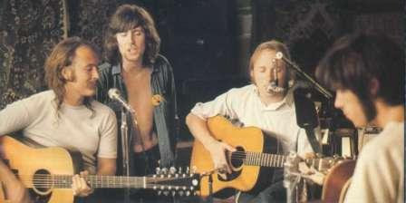 l to r: David Crosby, Graham Nash, Stephen Stills, Neil Young